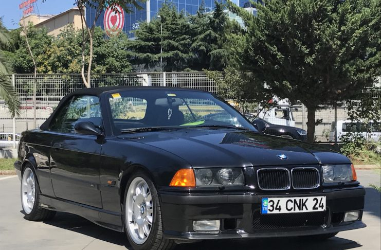 1996 model BMW 328i