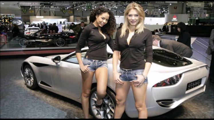 Araba Fuarı Hostesleri