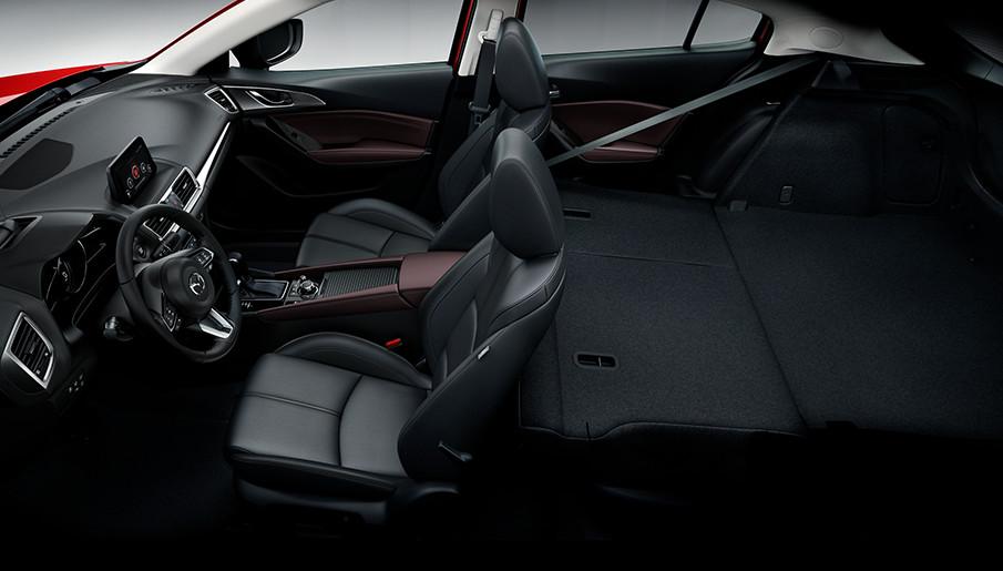 Mazda 3 İç Mekan