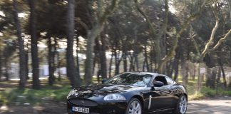 aguar XKR 4.2 Supercharger
