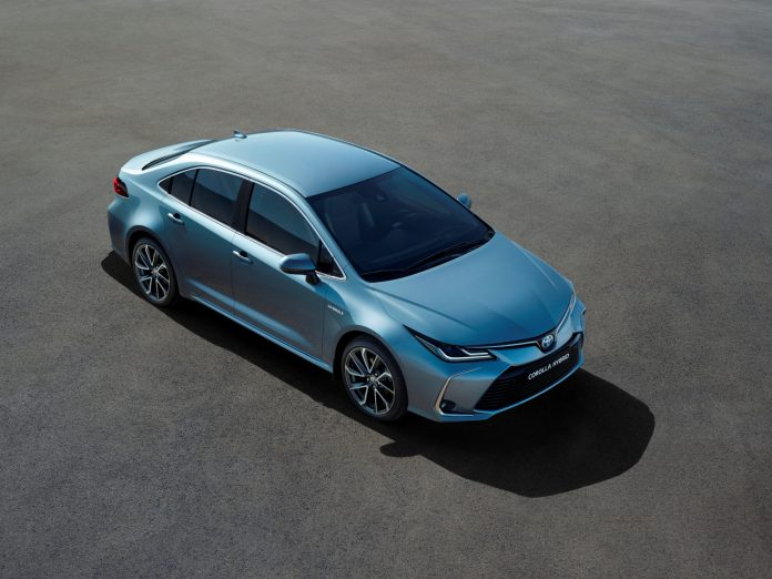 Corolla_high_front