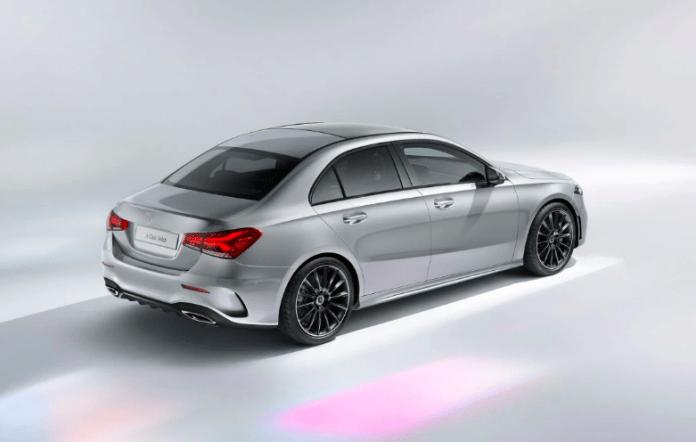 Kapak Mercedes Yeni A Serisi Sedan