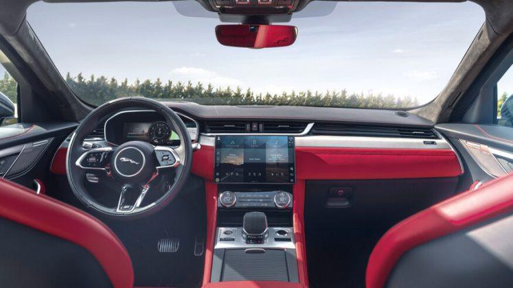 2021 jaguar f pace iç mekan (1)