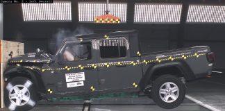 2020-Jeep-Gladiator-test-ancap