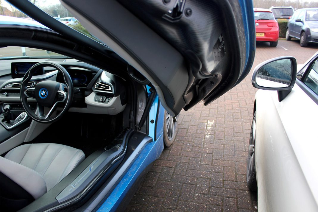 bmw araba kapısı