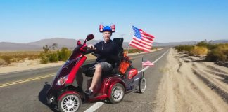 Mobil Scooter ile Bir Ülkeyi Gezmek Mümkün Mü