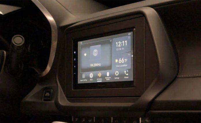 Pioneer NEX Modern Teknolojiyi Eski Araçlara Getirebilir