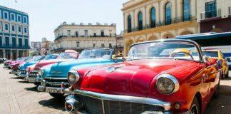 Dünaynın En Pahalı Klasik Arabaları