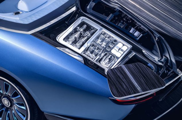 91-rolls-royce-boat-tail-2021-official-reveal-glasses
