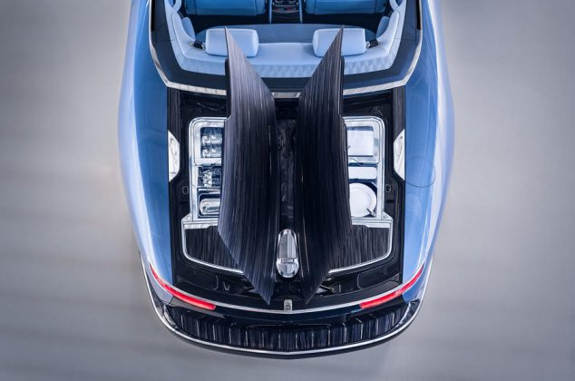 92-rolls-royce-boat-tail-2021-official-reveal-hosting-suite
