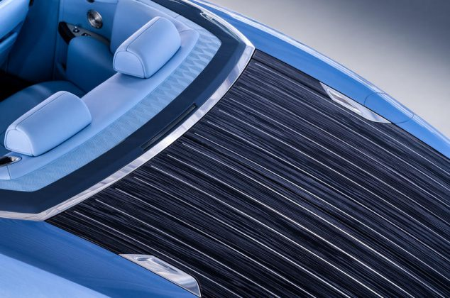 93-rolls-royce-boat-tail-2021-official-reveal-rear-end